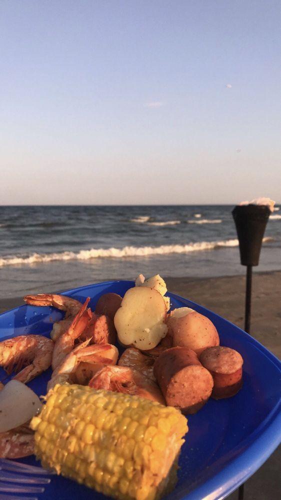 Food from Rollin' Tide Boil
