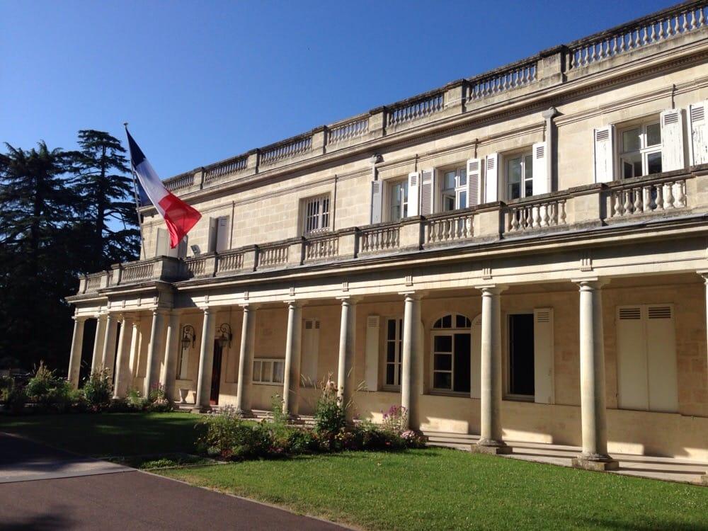 Mairie de m rignac town hall 60 avenue du mar chal de lattre de tassigny - H m avenue de france ...