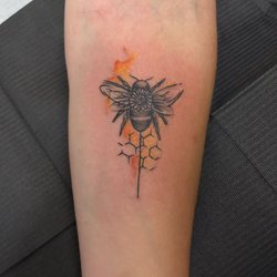 bbdf7b536 Photo of Rising Dragon Tattoos - New York, NY, United States. Bumblebee with