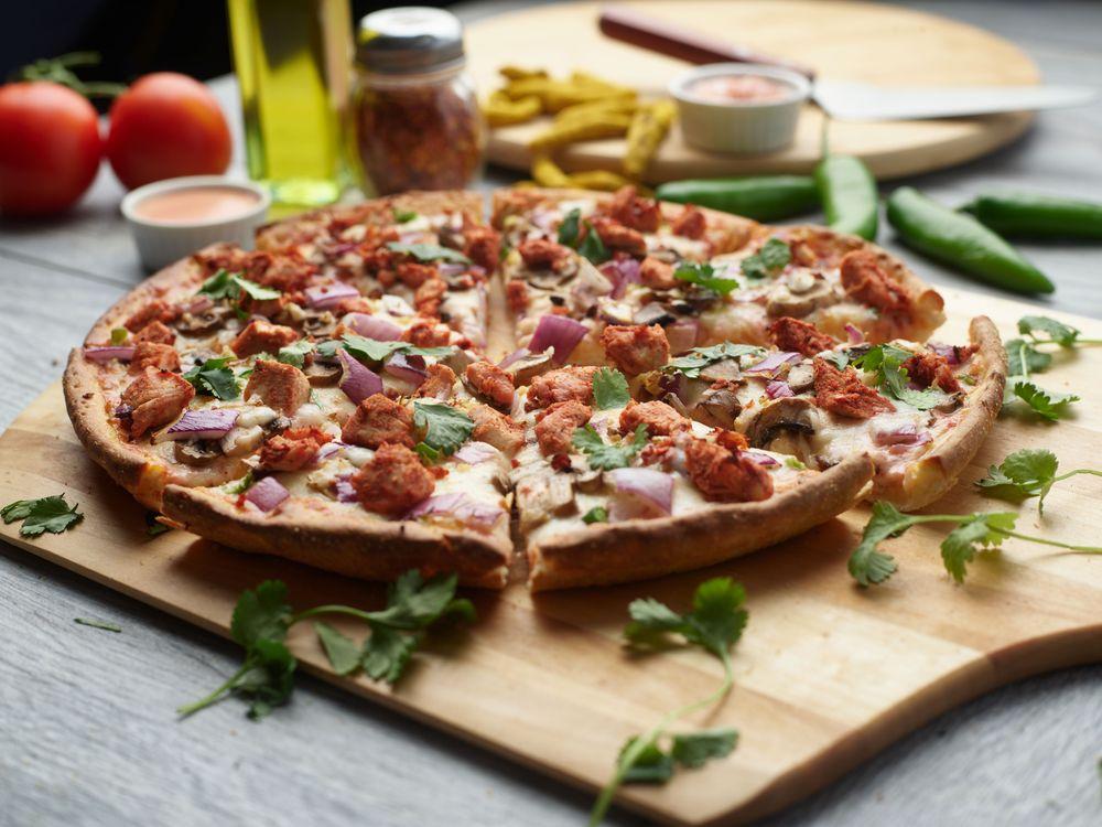 Chicago's Pizza With A Twist: 20691 Ashburn Rd, Ashburn, VA
