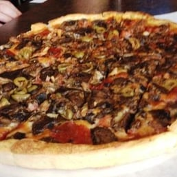 photos for bullseye pizza pub yelp