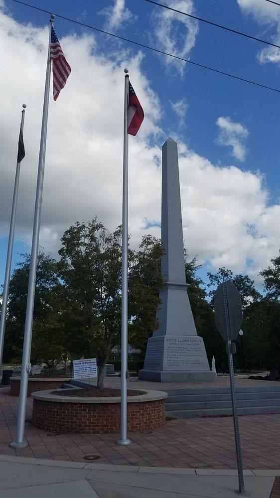 Dr. Martin Luther King Jr. Memorial Park: 201 E Branch St, Valdosta, GA