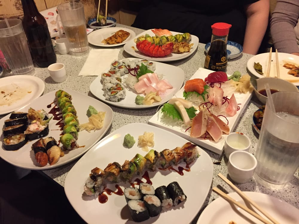 Food from Sushi Boat