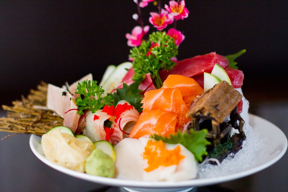 Fancy sushi: 7083 Collins Rd, Jacksonville, FL