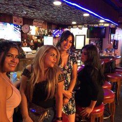 Camelot Room Sports Bars 1331 W Gonzales Rd Oxnard