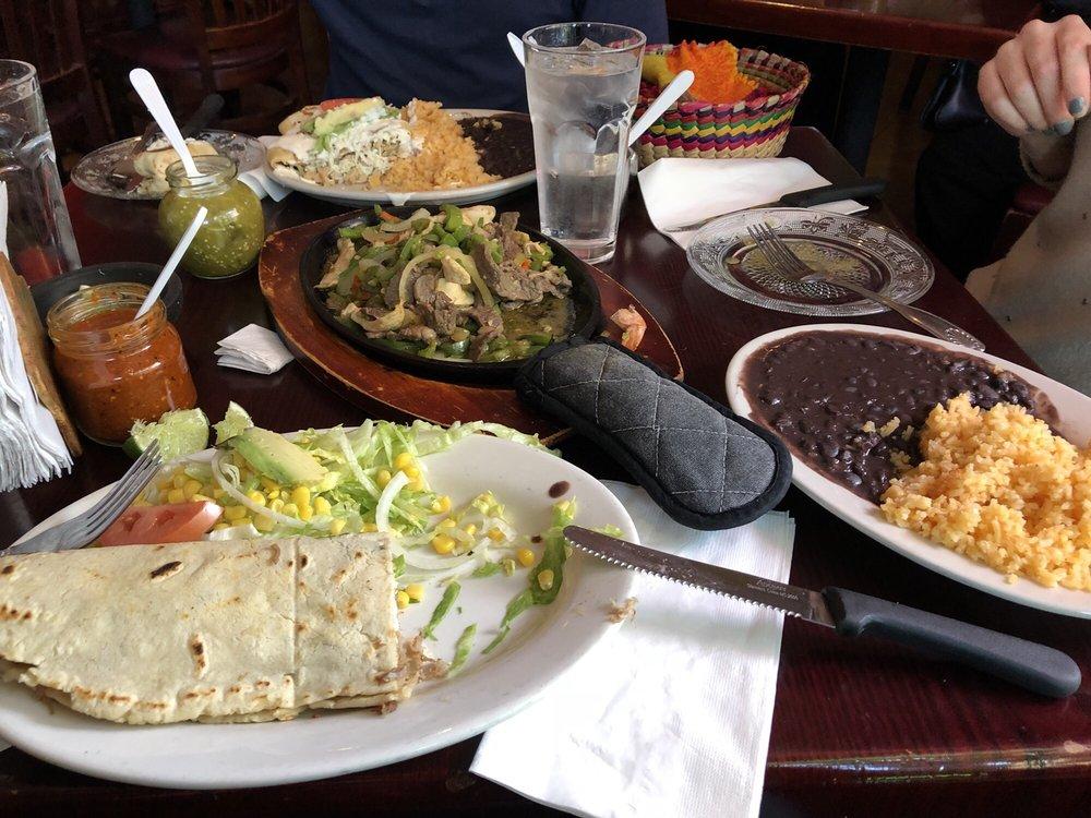 Food from Xochimilco Family Restaurant