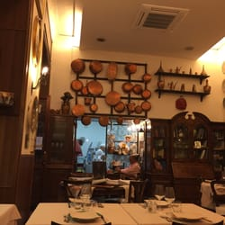 The Best 10 Seafood Restaurants Near Il Gobbetto In Napoli