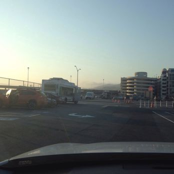 Sfo airport cell phone waiting lot 26 photos 67 for Sf contact nackenkissen small