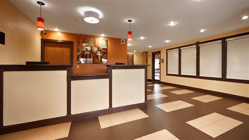 Best Western Jacksonville Inn: 1709 W Morton Ave, Jacksonville, IL