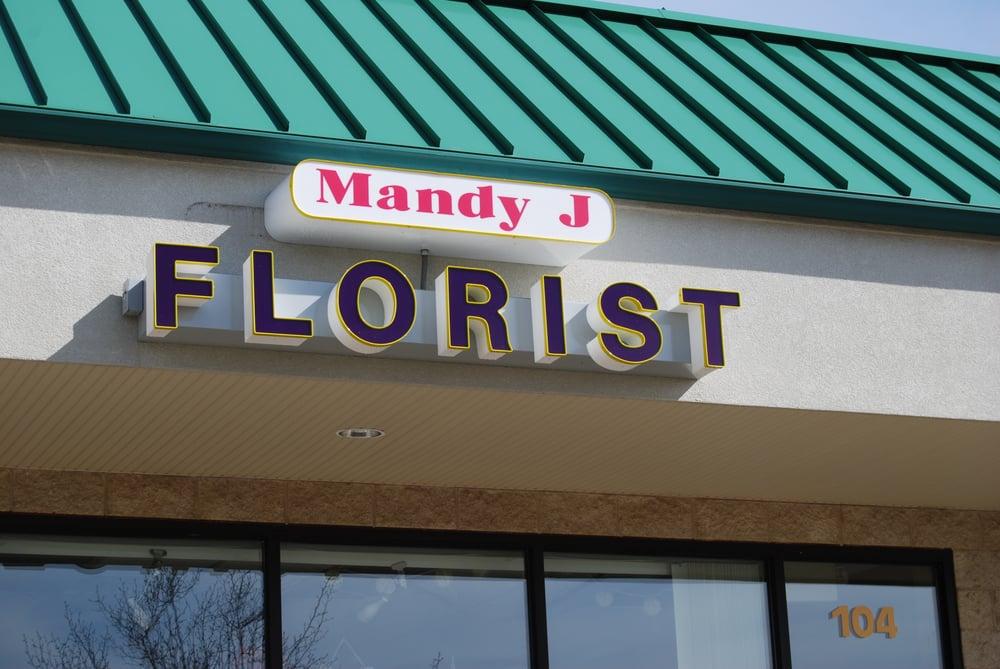 Mandy J Florist & Gifts: 137 N Main St, Almont, MI