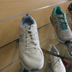 8d4af301c957 Lucky Feet Shoes - 16 Photos   50 Reviews - Shoe Stores - 3540 Riverside  Plaza Dr