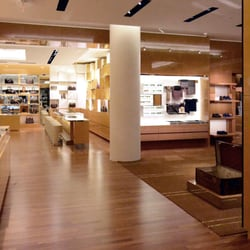 60b49948869f Photo of Louis Vuitton Garden City Roosevelt Field Macy s - Garden City