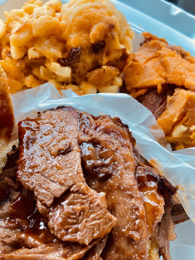 Teel's BBQ Pit Stop: Gibbons Ave & S 1st Ave, South Coatesville, PA
