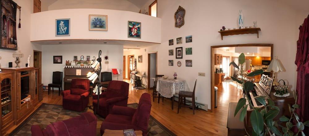 The Roselea: 8785 Dinglehole Rd, Baldwinsville, NY