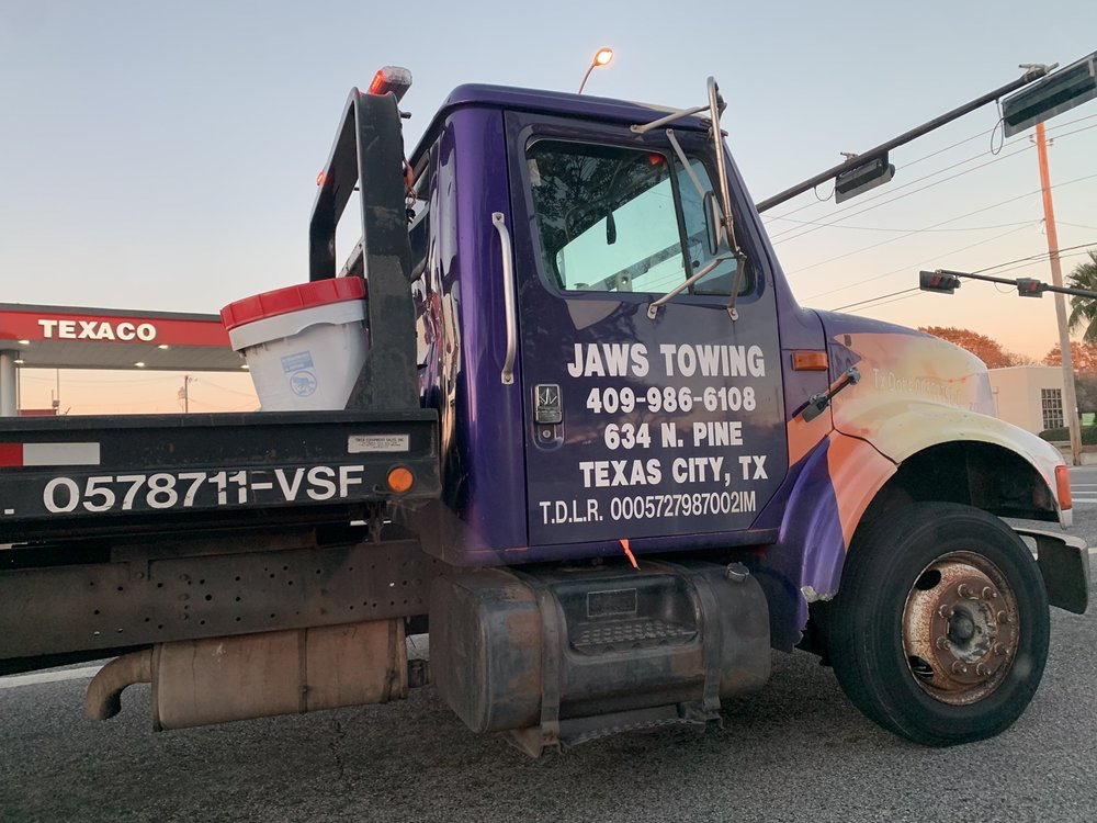 Towing business in La Marque, TX