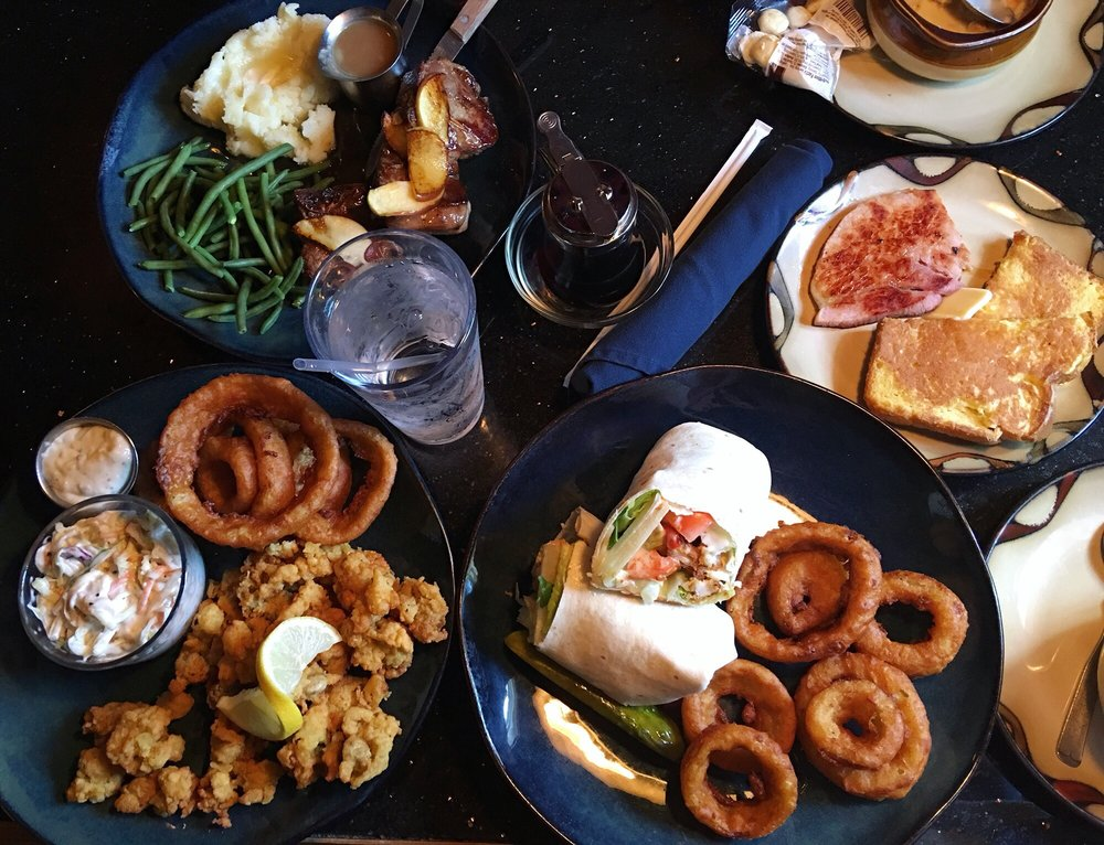 Shiloh's Family Restaurant: 504 Laconia Rd, Tilton, NH