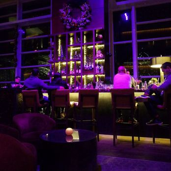 MO Bar + Lounge - 110 Photos & 45 Reviews - Lounges - 500 Brickell ...
