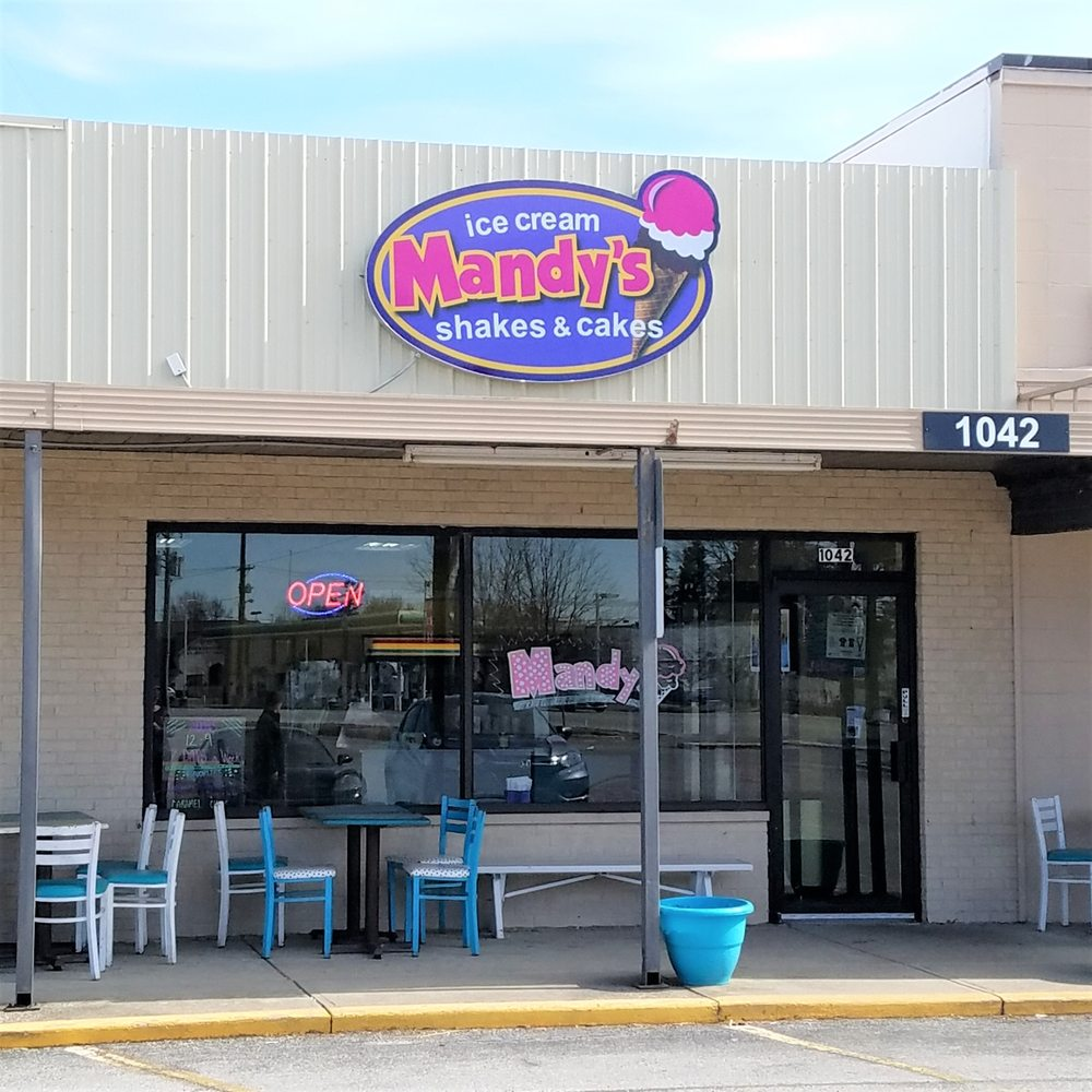 Mandy's Ice Cream: 1042 E Main St, Brownsburg, IN