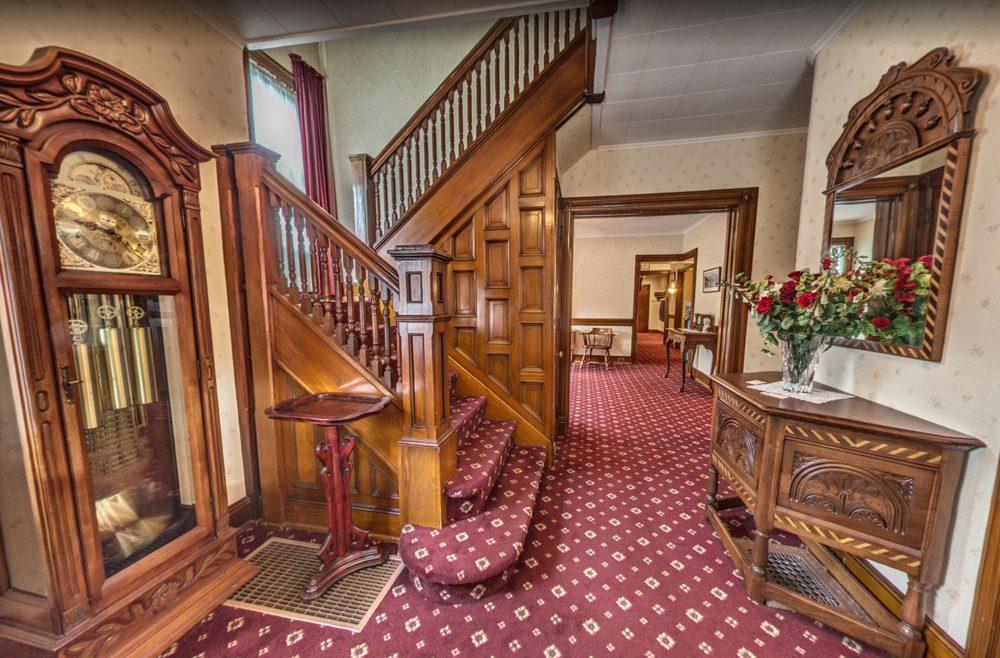 Hopler & Eschbach Funeral Home: 483 Chenango St, Binghamton, NY