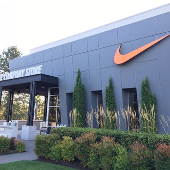 Experience sports, training, shopping and everything else that's new at Nike from any country in the world.
