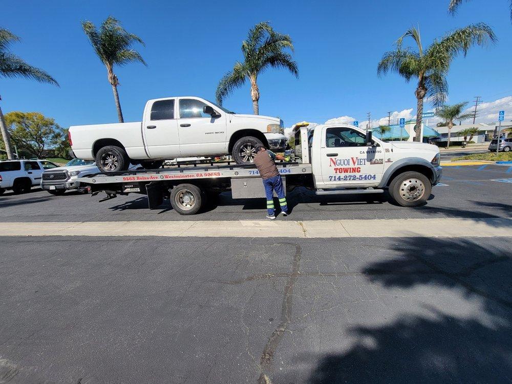 Towing business in Los Alamitos, CA