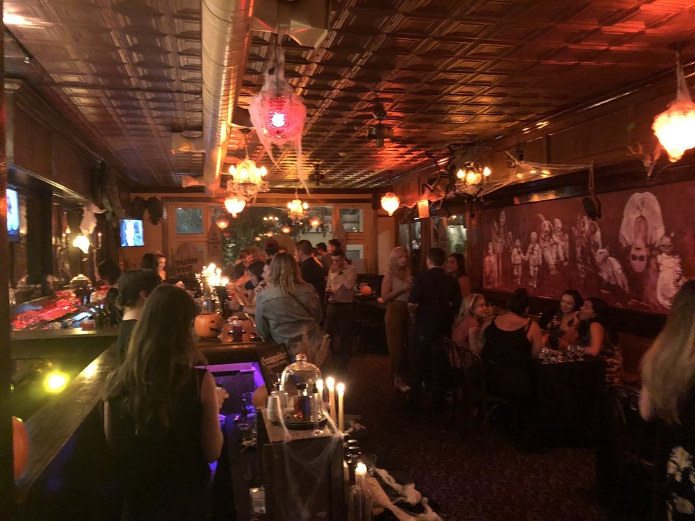 Pearl Tavern: 1123 Walnut St, Philadelphia, PA