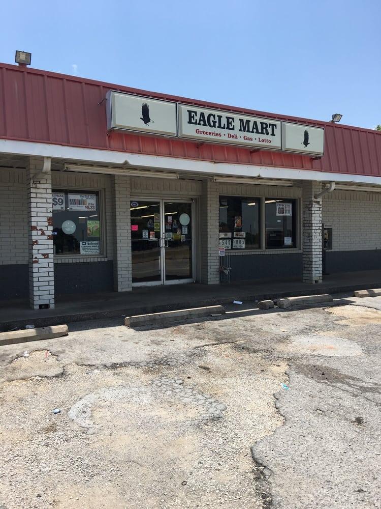Eagle Mart: 601 US Hwy 287, Bellevue, TX