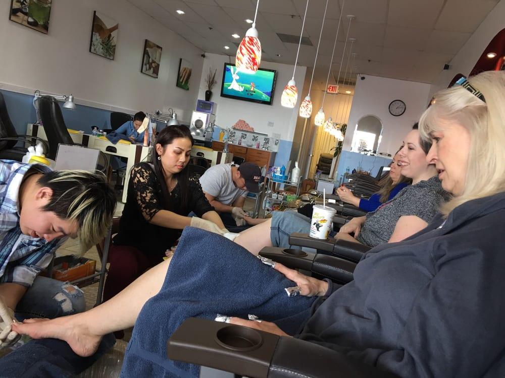 A q nails 244 photos 36 reviews nail salons 140 for A q nail salon collinsville il