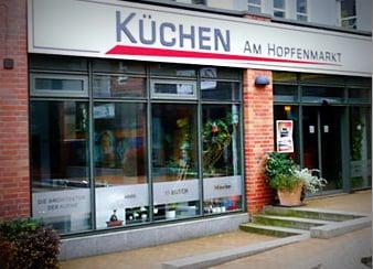 Kuchenstudio kuchen am hopfenmarkt ah kuchen gmbh kok for Küchenstudio rostock