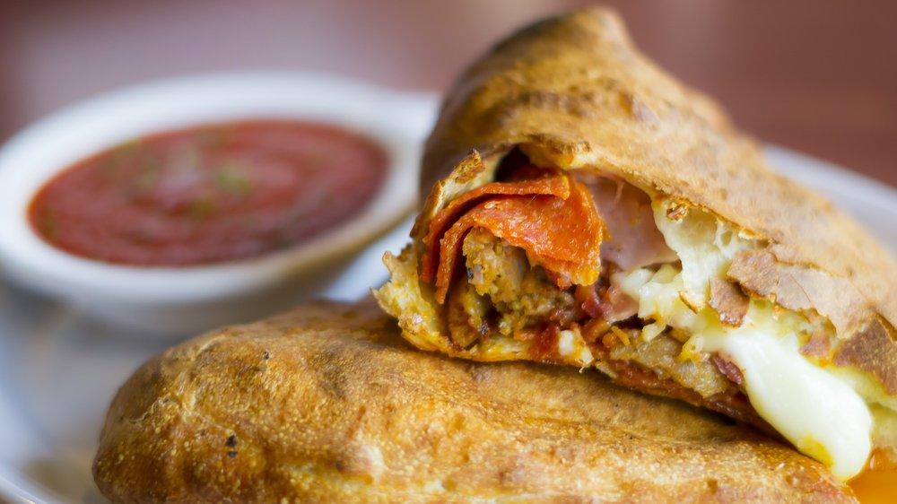 Rocco's Pizza: 1487 W South St, Ozark, MO