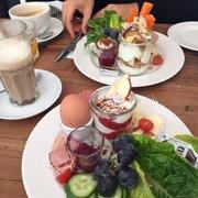 Glück Und Selig 109 Fotos 151 Beiträge Café Heußweg 97