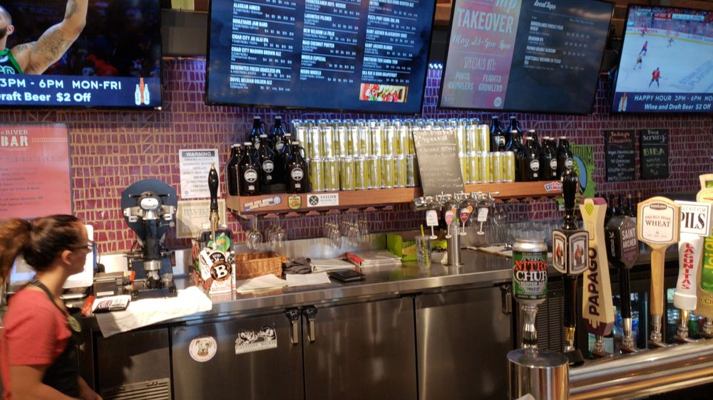E. River Bar: 5555 E River Rd, Tucson, AZ
