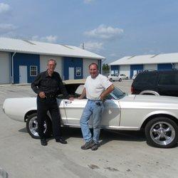 Hago S Classic Car Garage