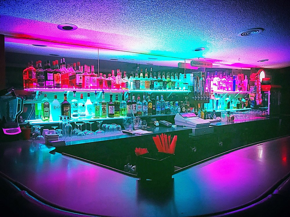 Harrys Bar: 6540 Wofford Heights Blvd, Wofford Heights, CA