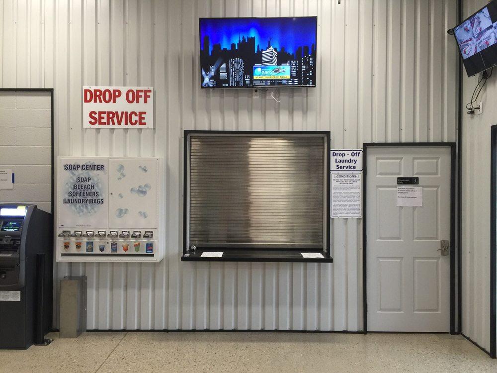 North Star Laundry: 406 West Cedar St, Loving, NM