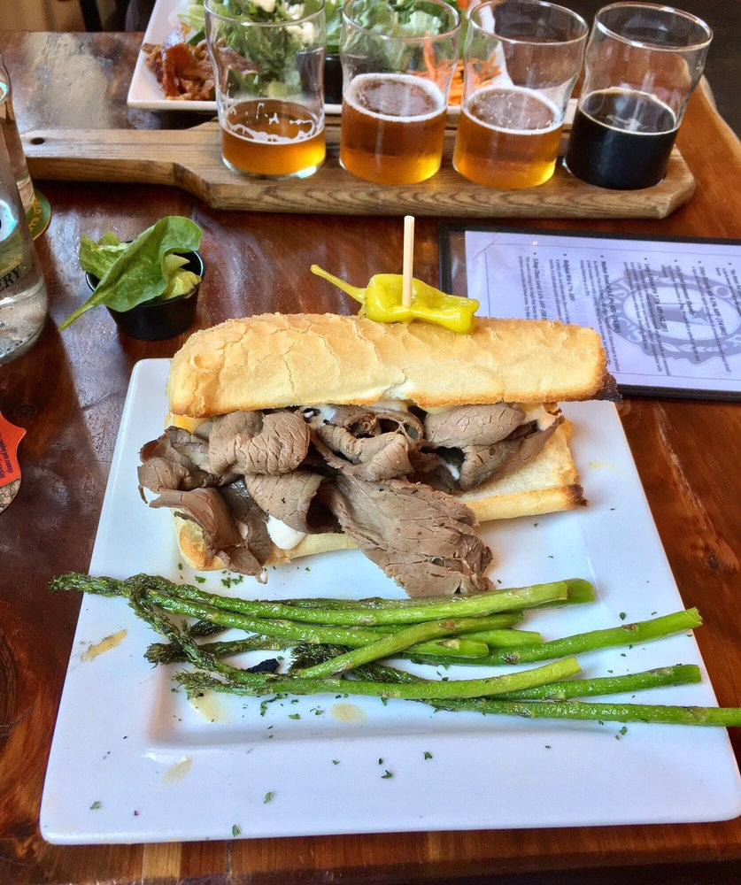 Obed & Isaac's Microbrewery and Eatery: 500 S 6th St, Springfield, IL