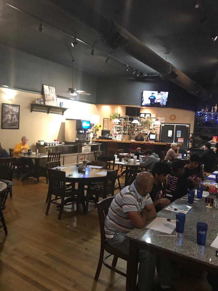 Farmville Pizza: 3750 S Main St, Farmville, NC