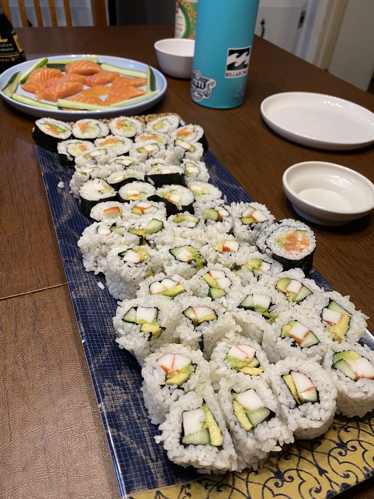 Island Sushi: 21800 N Shangri-La Dr, Lexington Park, MD
