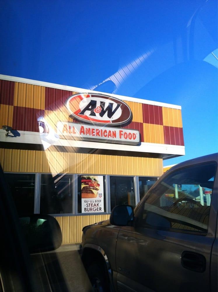 A&W Restaurant: 907 W Minnesota, Paynesville, MN