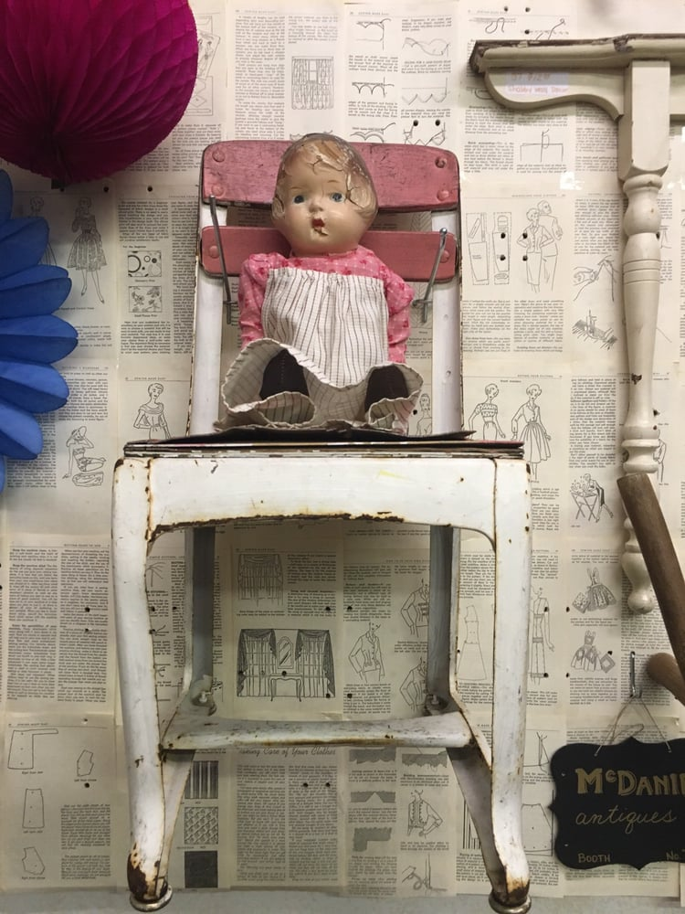 McDaniel Antiques: 10 W Main St, Mooresville, IN