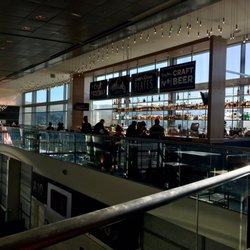 Valencia St Station 54 Photos 74 Reviews Cafes San Francisco Airport Ca Restaurant Yelp