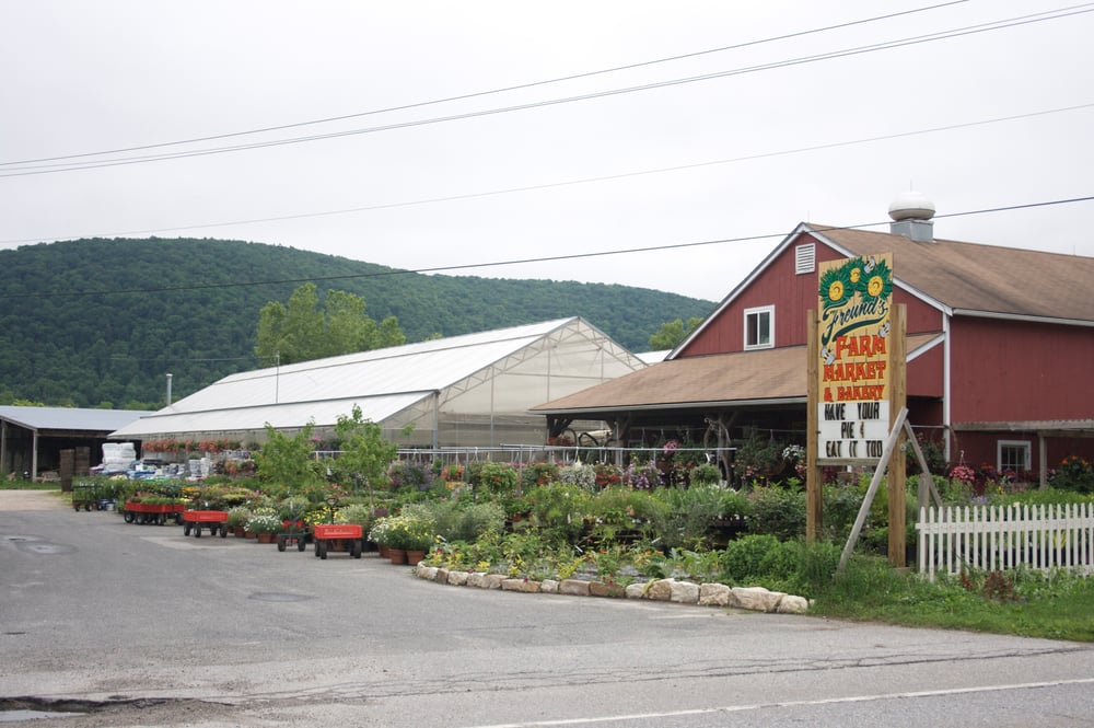Freund's Farm Market and Bakery: 324 Canaan Norfolk Rd, North Canaan, CT