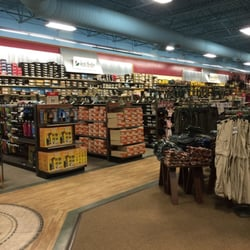 Gander Mountain - CLOSED - 10 Reviews - Outdoor Gear - 6939 S 27th ...