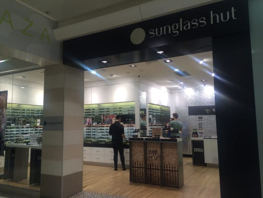 Sunglass Hut - Sunglasses - 700-704 Hay St 52508552b8cd