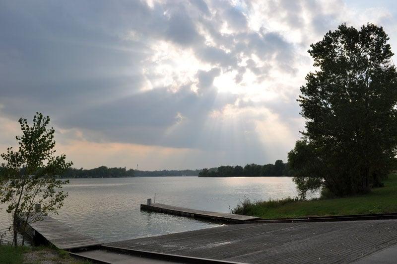 Carter Lake: 3110 Abbott Dr, Omaha, NE