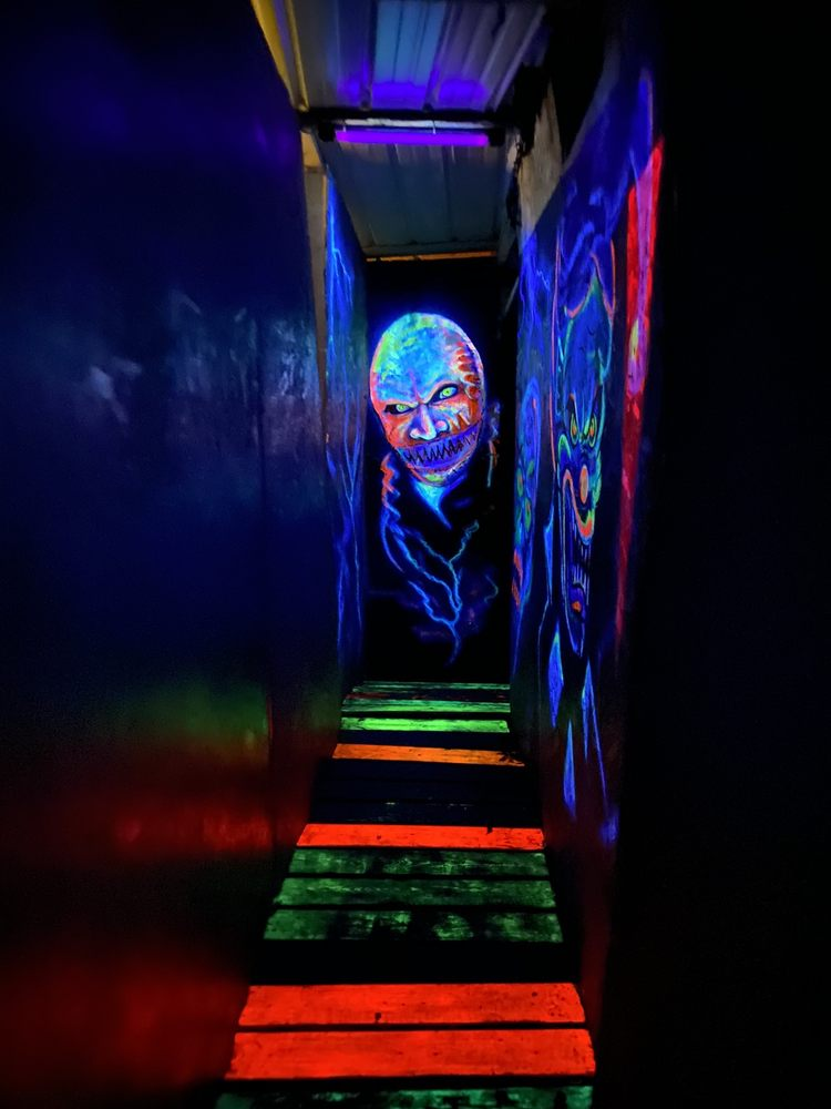 Wicked World Scaregrounds: 5817 Tates Creek Rd, Nicholasville, KY