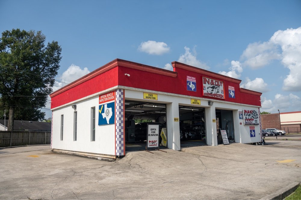 In & Out Auto Repair & Inspection: 14820 Woodforest Blvd, Channelview, TX