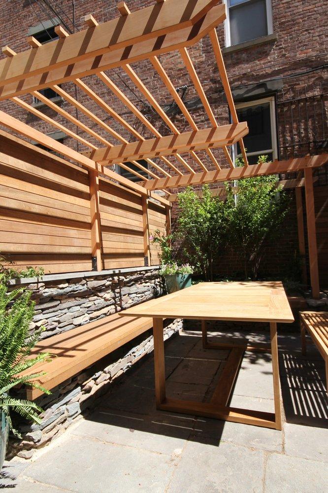 Flo's Gardens: 121 Congress St, Brooklyn, NY
