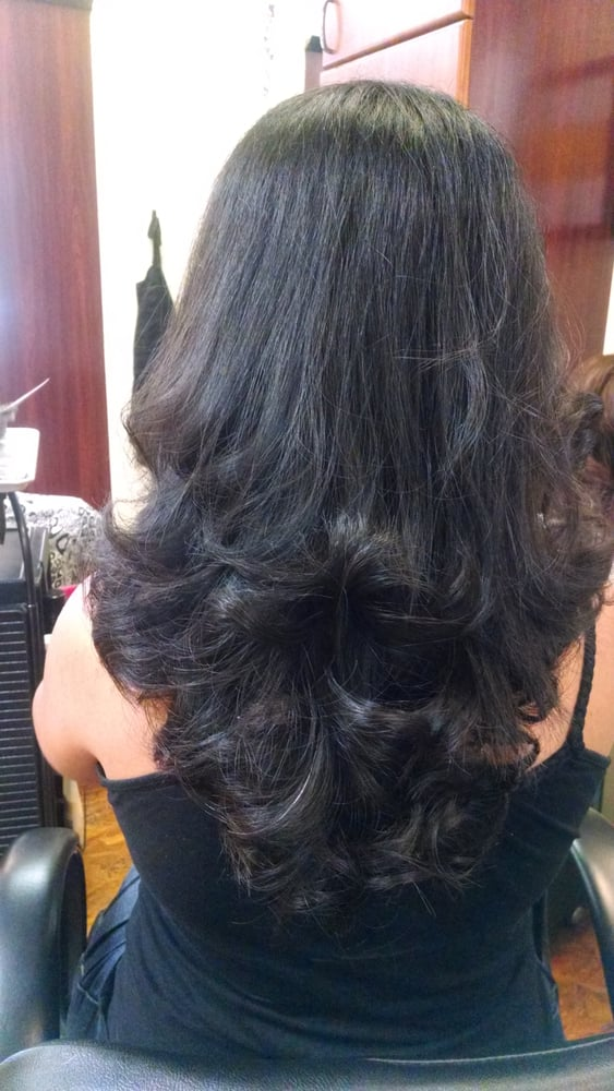 Deep V Razor Cut Hair By Christina Warren At Millicent And Company