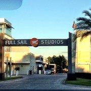 Is Full Sail University's online web design program good?
